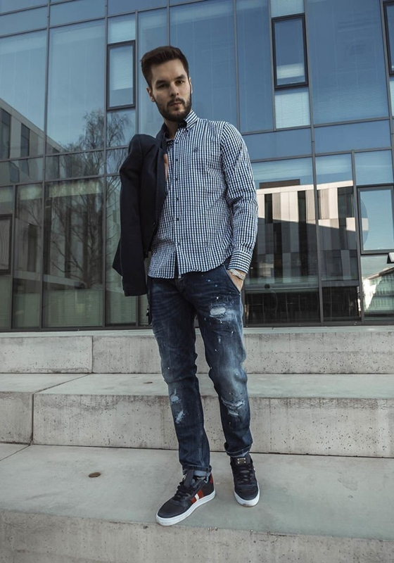 Stylizace č. 194 - ležérní sako, károvaná košile, džíny, obuv